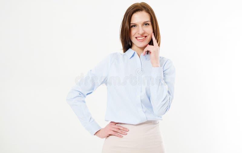 La presentación de morenita atractiva toca su cara con su mano y mira adelante fotos de archivo