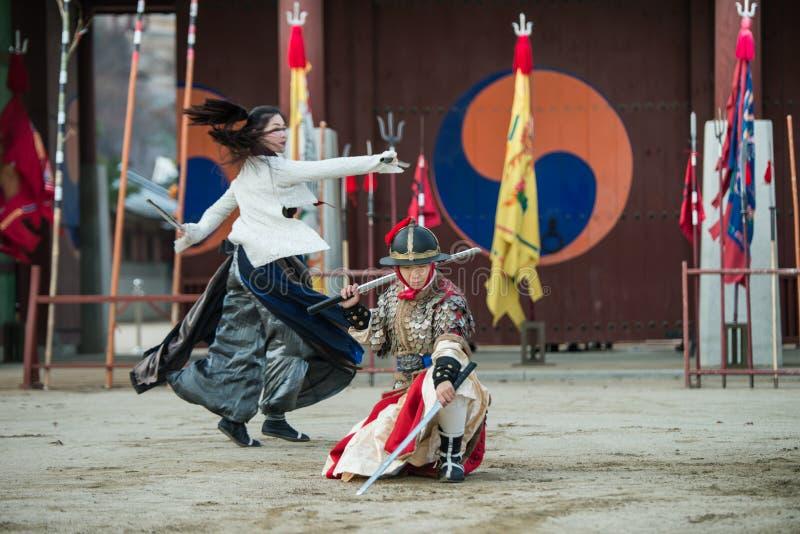 La prestazione di prova di arti marziali tradizionali, il 23 dicembre 2016, Gyeonggi-fa, Suwon-si, Corea del Sud fotografia stock libera da diritti