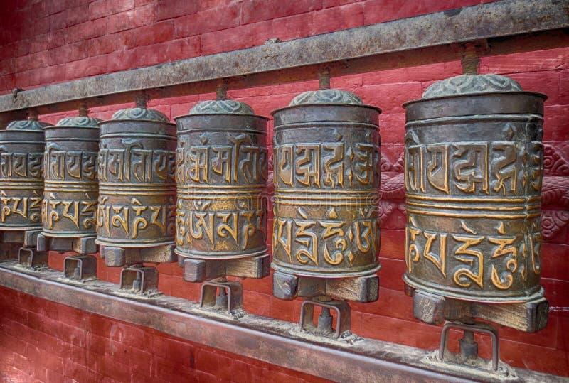 La prière roule dedans le Népal photographie stock
