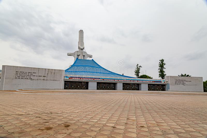 La prima vista della cattedrale cattolica di San Paolo, Abidjan Costa d'Avorio immagine stock