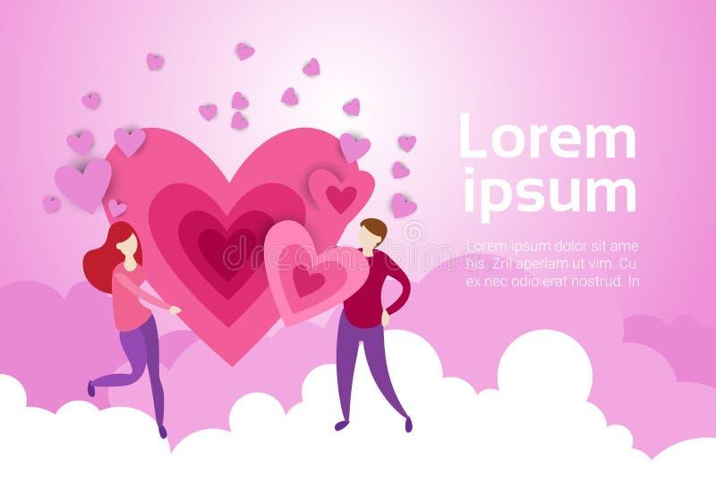 La prise de couples remet la forme de coeur sur le fond de nuages de rose avec l'espace Valentine Day Banner de copie illustration stock