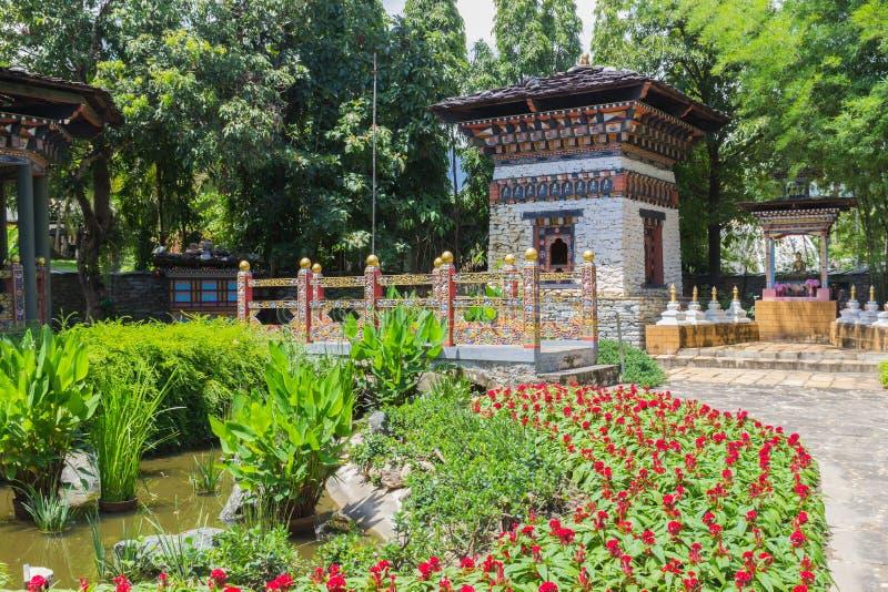 La progettazione del ponte e della costruzione del Bhutan immagine stock
