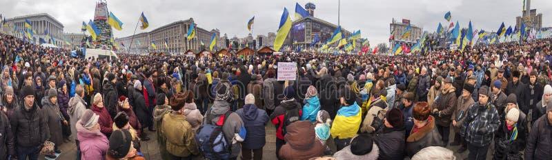 La protestation de masse contre les Ukrainiens pro-russes chassent Presiden image stock