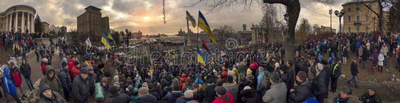 La protestation de masse contre les Ukrainiens pro-russes chassent Presiden image libre de droits