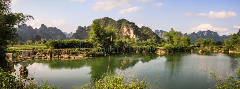 La provincia de Cao Bang hermosa cerca del Ban Gioc Waterfall, provincia de Cao Bang, Vietnam imagenes de archivo