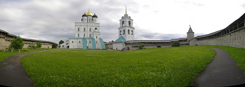 La Pskov Kremlin Rusia fotos de archivo