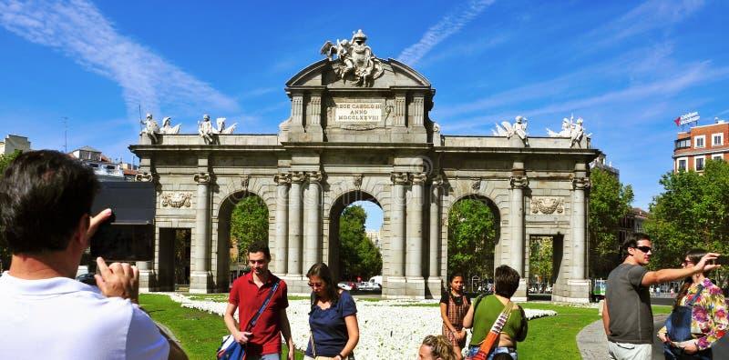 La Puerta de Alcala a Madrid, Spagna fotografia stock libera da diritti