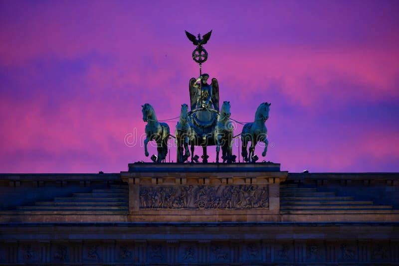 La puerta de Brandeburgo - BerlÃn, monumento, Berlín fotos de archivo