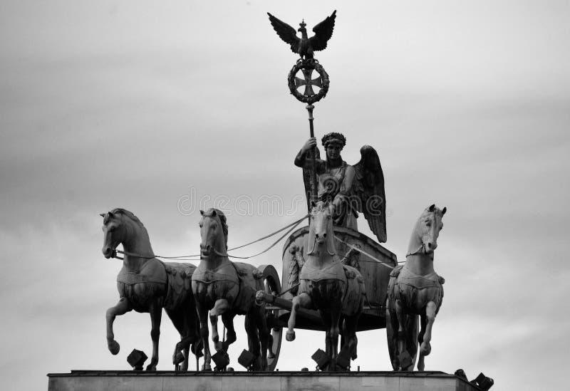 La puerta de Brandenburgo imagen de archivo libre de regalías
