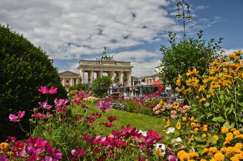 La puerta de Brandenburgo en Berl?n fotos de archivo libres de regalías