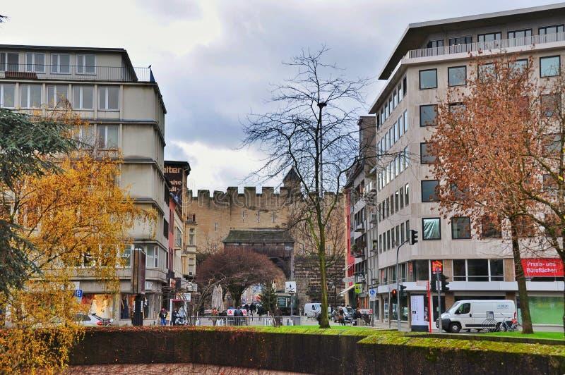 La puerta de la ciudad el Hahnentorburg, Colonia imagen de archivo libre de regalías