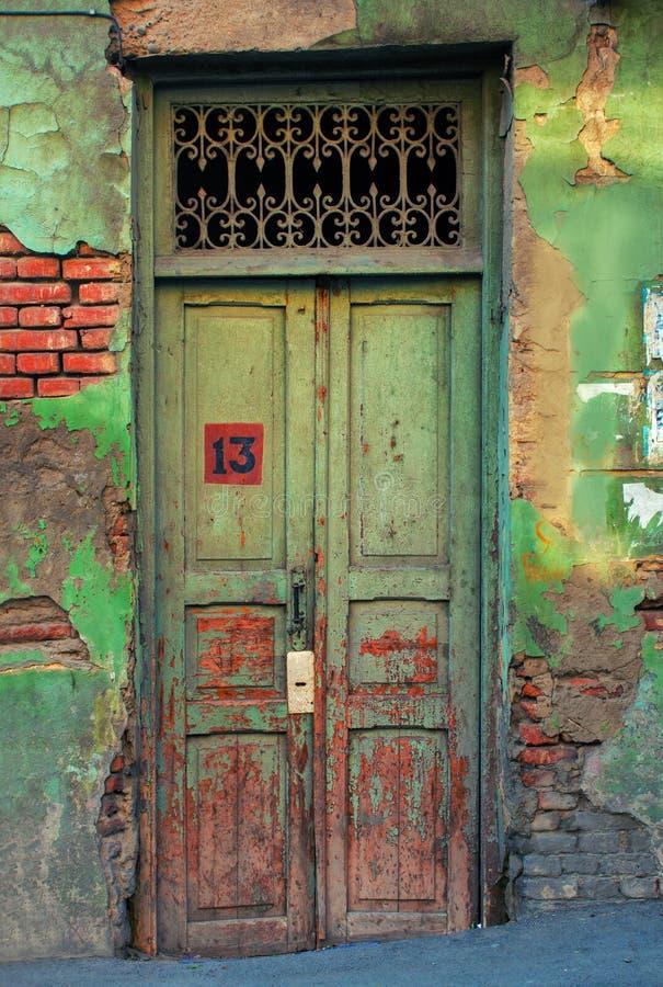 La puerta número 13 imagen de archivo