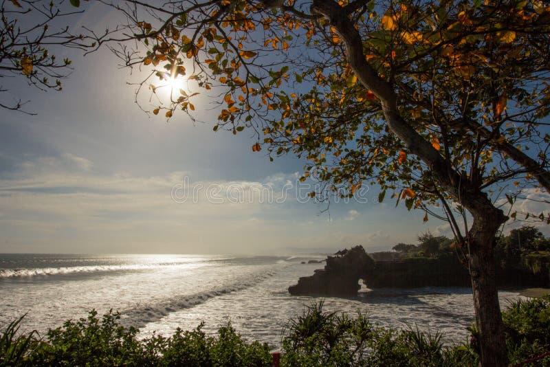 La puesta del sol de los océanos imagen de archivo libre de regalías