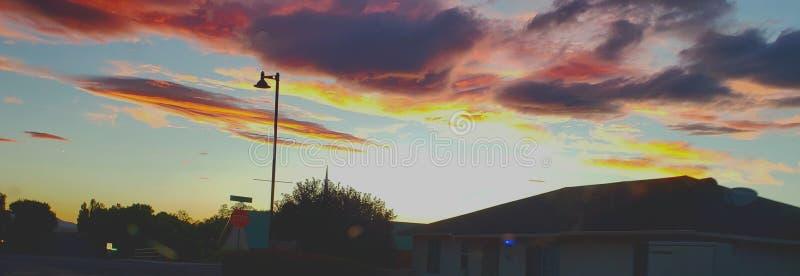La puesta del sol de Prescott Valley es 11 en una escala a partir de la 1-10 fotografía de archivo libre de regalías