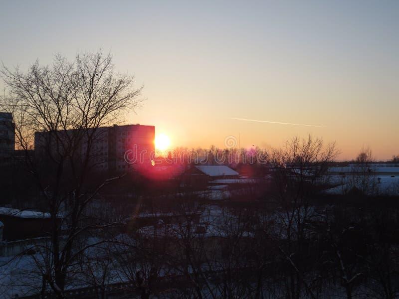 La puesta del sol siberiana fotografía de archivo