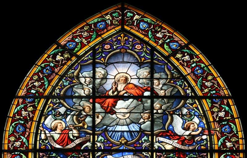 La puissant de seigneur Dieu (hublot en verre souillé) photo stock