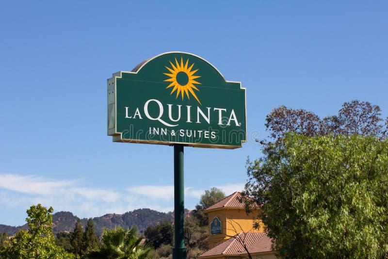 La Quinta Inn und Reihen-Motel lizenzfreie stockfotografie