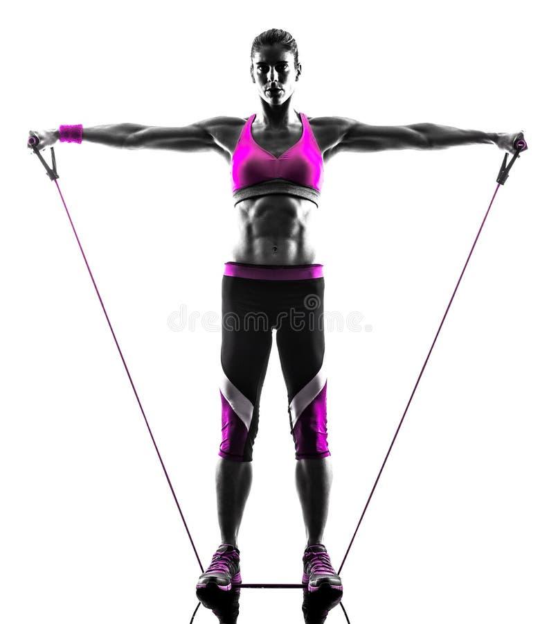 La résistance de forme physique de femme réunit des exercices images stock