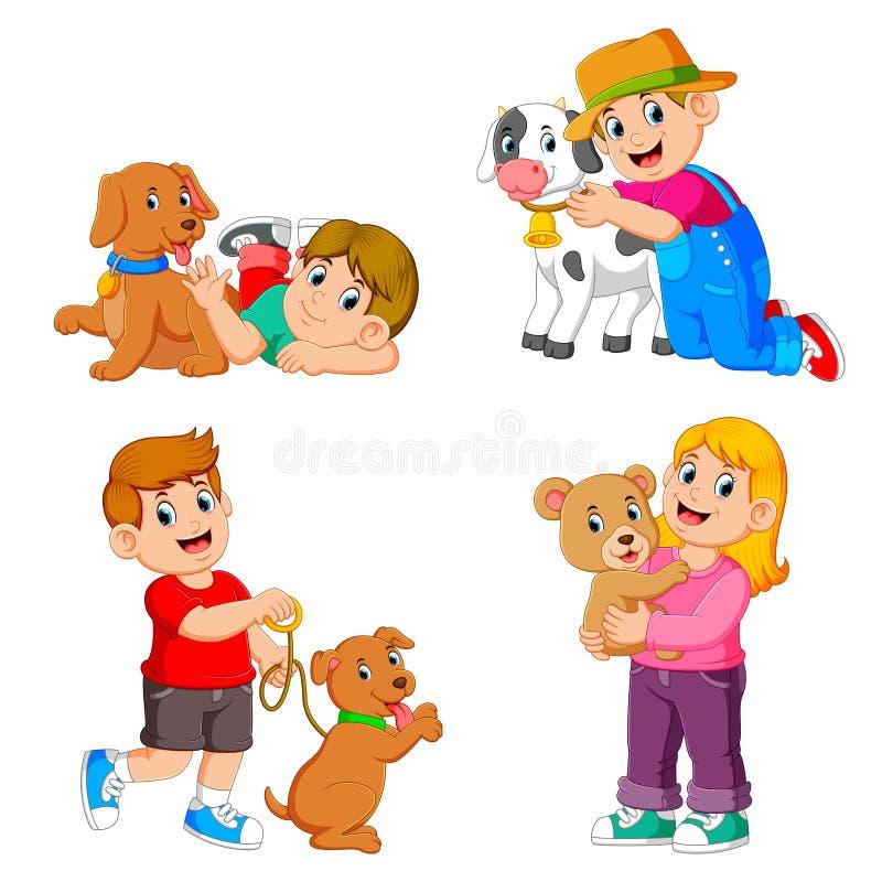 La raccolta dei bambini che giocano con i loro animali domestici ed animale illustrazione di stock