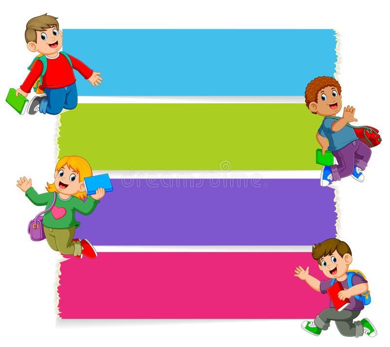 La raccolta del bordo in bianco con i bambini che tengono i libri illustrazione vettoriale