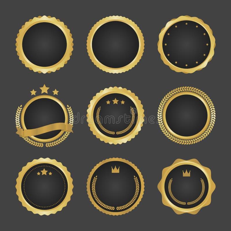 La raccolta di moderno, metallo del cerchio dell'oro badges, etichette ed elementi di progettazione Illustrazione di vettore illustrazione di stock