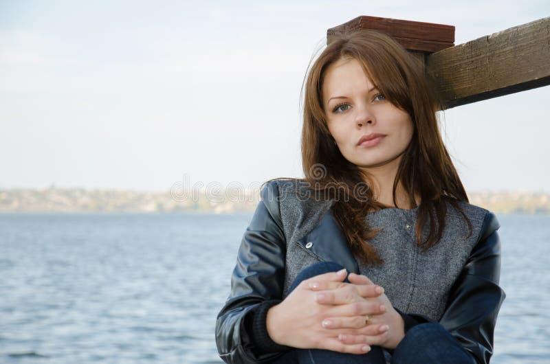 La ragazza - autunno. fotografie stock