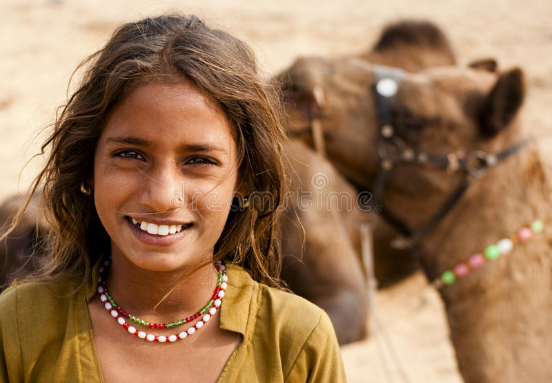 La ragazza sorridente fotografia stock