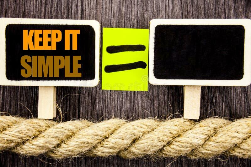 La rappresentazione di Ttext lo tiene semplice Concetto di affari per il principio facile di approccio di strategia di semplicità immagini stock libere da diritti
