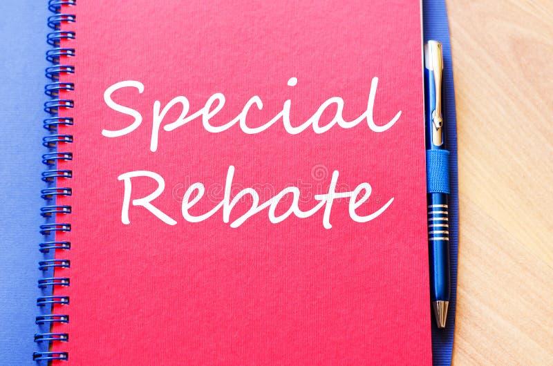 La rebaja especial escribe en el cuaderno imágenes de archivo libres de regalías