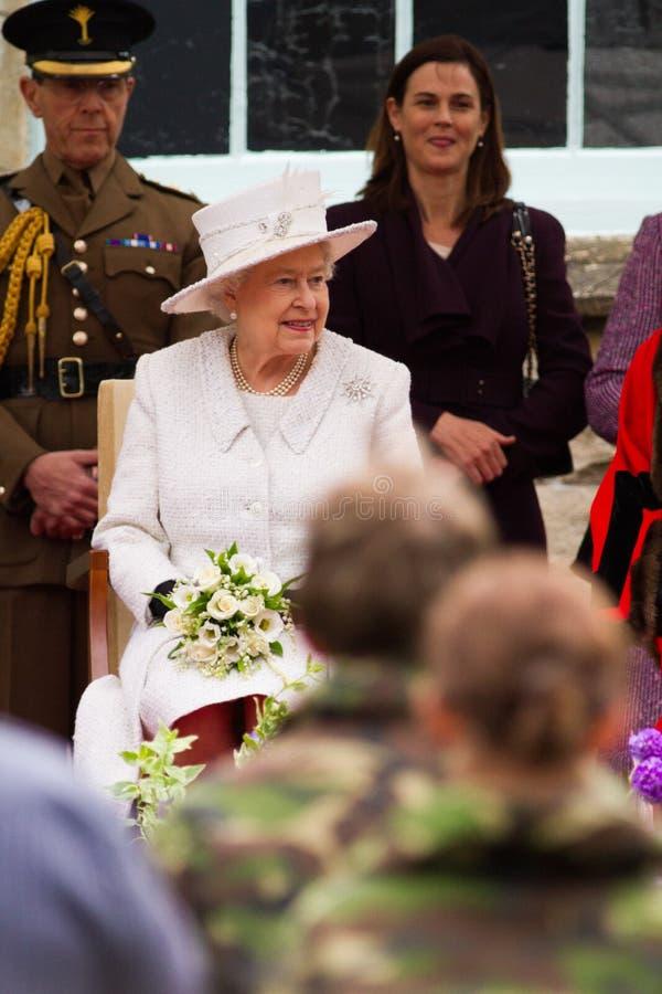 La regina ed il principe Philip visitano Merthyr Tydfil, i Galles del sud, Regno Unito fotografia stock libera da diritti