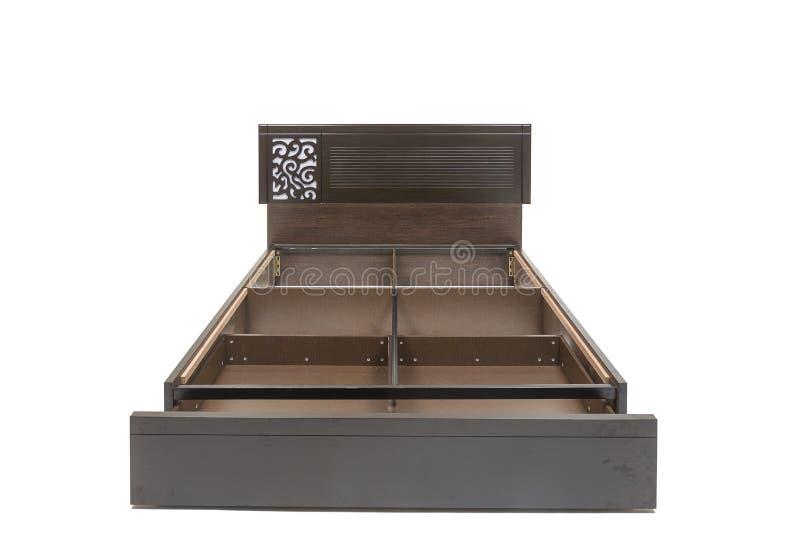 La reina clasificó la cama moderna con el colchón y el modelo elegante del diseño en su tablero principal imagen de archivo