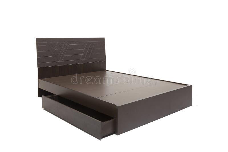 La reina clasificó la cama moderna con el colchón y el modelo elegante del diseño en su tablero principal imagenes de archivo