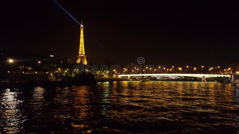 La reist Eiffel royalty-vrije stock afbeeldingen