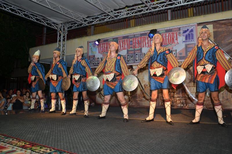 La représentation des danseurs turcs photographie stock