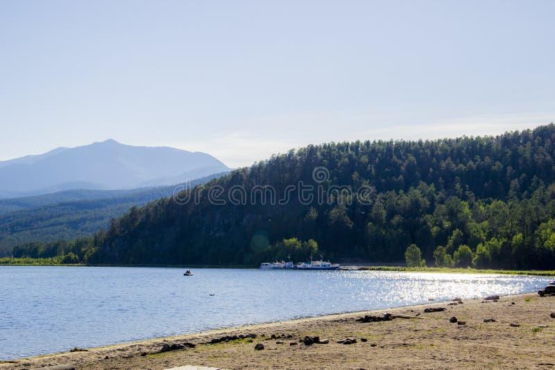 La reserva en el lago Baikal fotografía de archivo