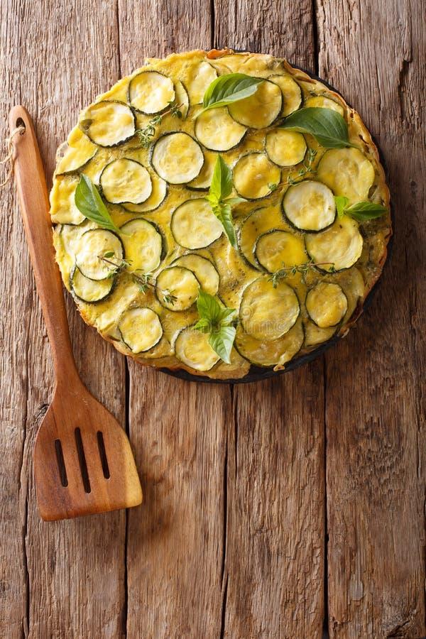 La ricetta per lo scarpaccia salato è tipica del Toscano Apra la z fotografia stock