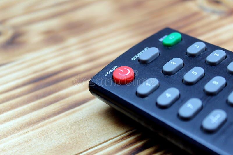 La ripresa esterna della TV è su una tavola di legno fotografia stock