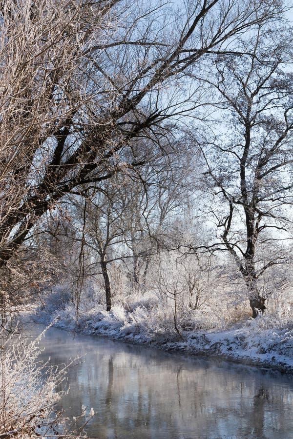 La rivière de Brenz en hiver image libre de droits
