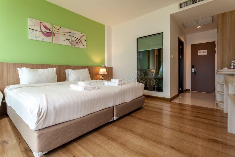 La rivière est un hôtel moderne de style près de Mae Kong River photographie stock