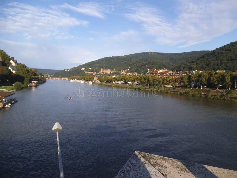 la rivière le Neckar à Heidelberg image stock