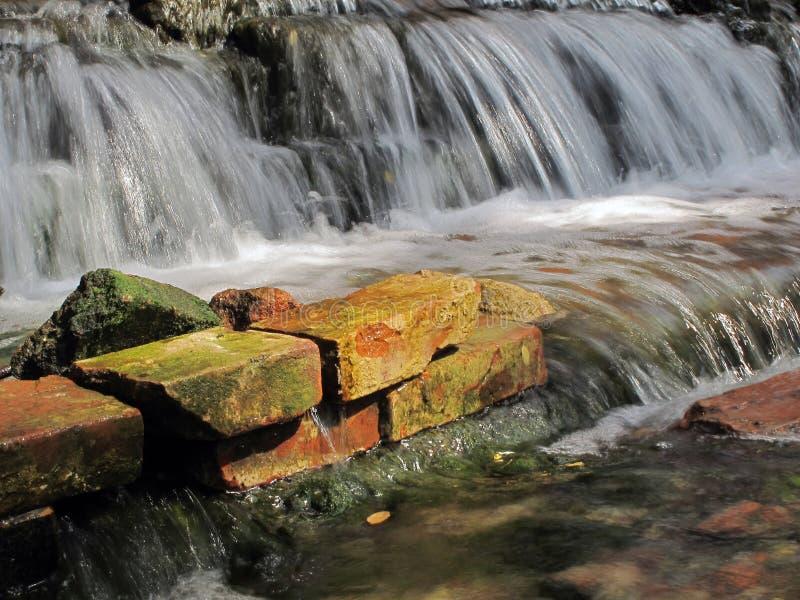 La rivière souterraine images libres de droits