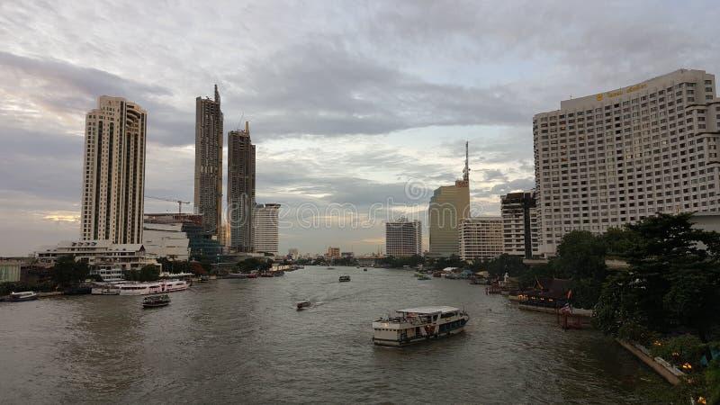 La rivière vivante de Bangkok photographie stock libre de droits
