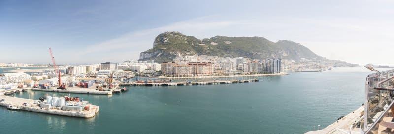 La roca de Gibraltar de la reina Elizabeth imagenes de archivo