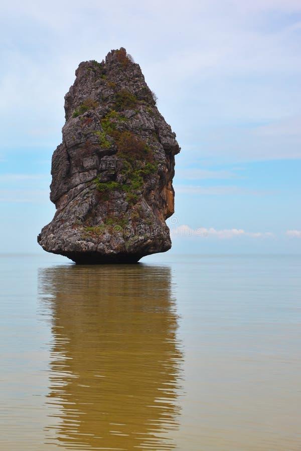 La roca de la vela fotos de archivo libres de regalías