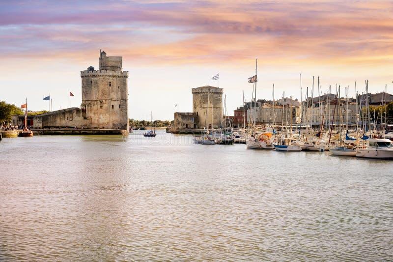 La Rochelle Огороженный порт входа La Rochelle в Франции стоковое изображение rf
