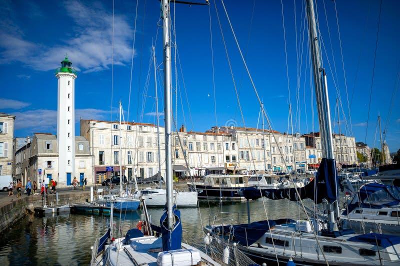 La Rochelle Promenad i den gamla staden av La Rochelle Maritima Charente, Frankrike arkivfoto