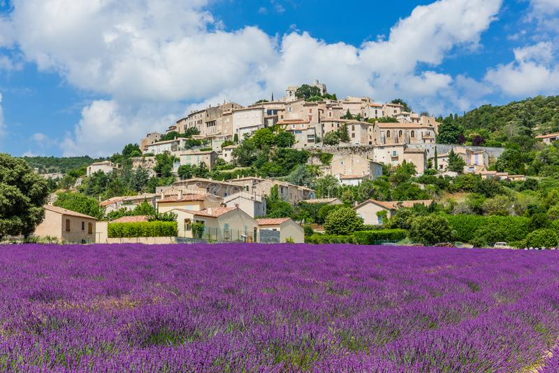 La Rotonde de Simiane, França foto de stock royalty free