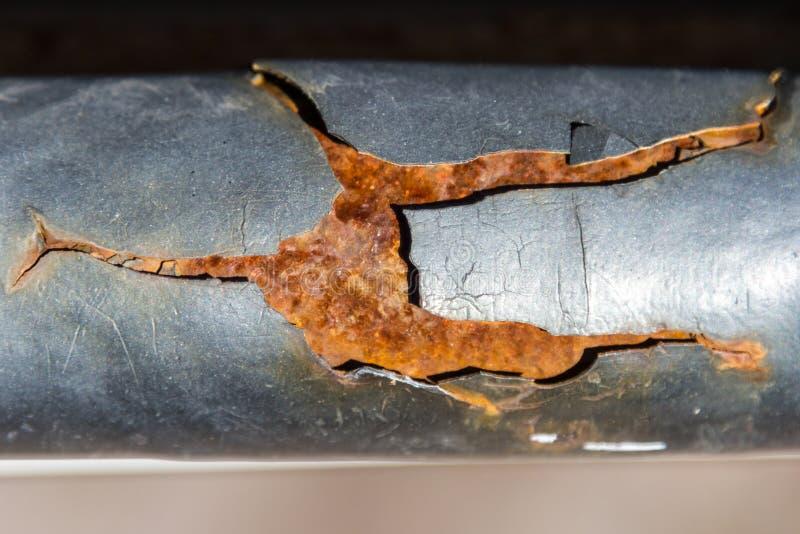 La rouille sur le tuyau rince la peinture image libre de droits