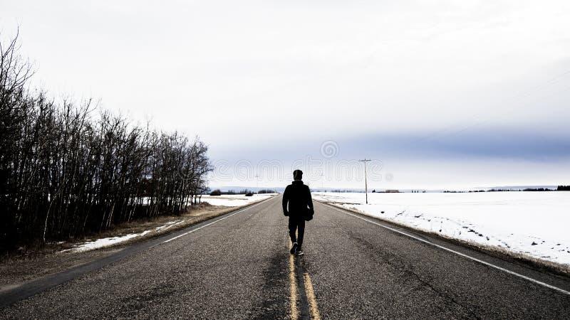 La route d'hiver les explorent