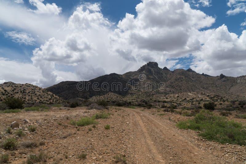 La route de Gap par les montagnes de la Floride au Nouveau Mexique image stock